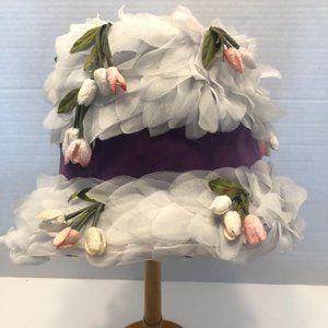 Vintage White Flowered Ladies Hat